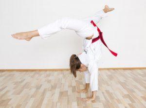 Spagat Handstand